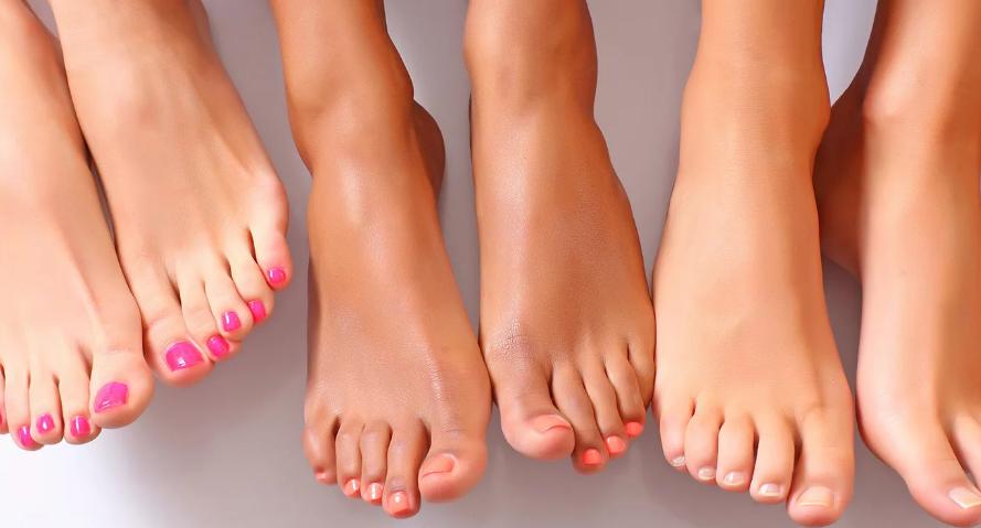 женские ступни ног фото