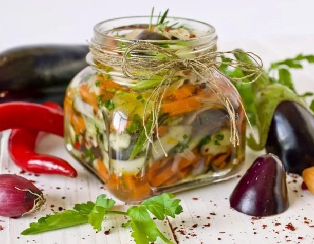 вкусный салат из баклажан