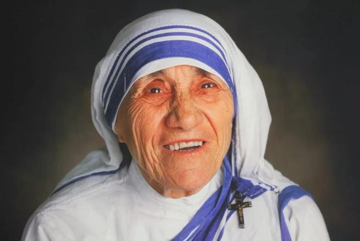 краткая биография матери терезы