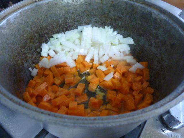 Говяжья печень с овощами