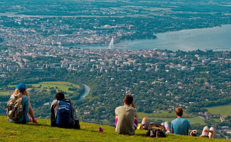 Туристы в Женеве