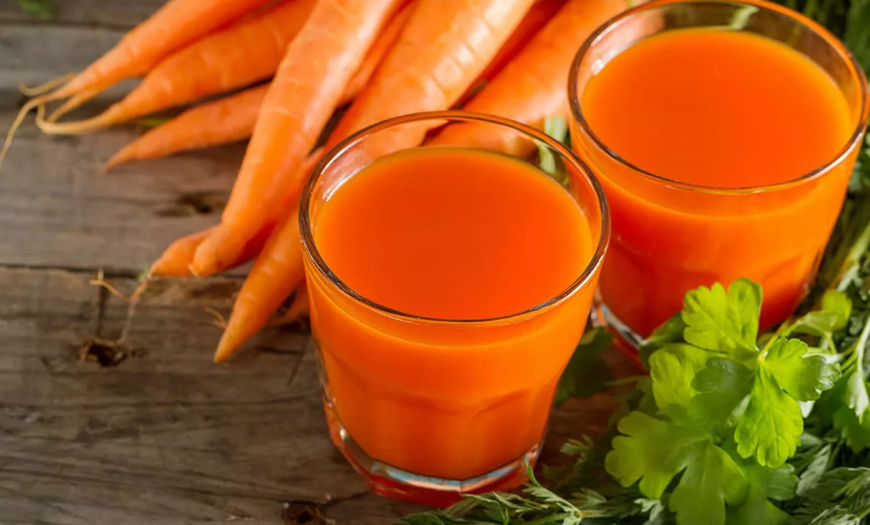 Свежевыжатые соки морковный