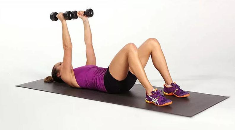 Упражнения для упругости женской груди